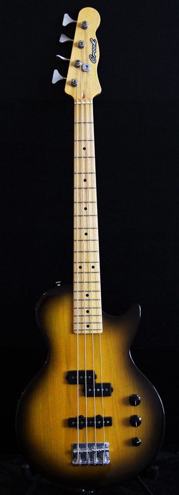 Short Scale Bass